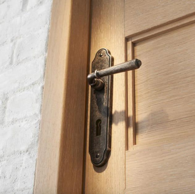 Poignée de porte en fer forgé