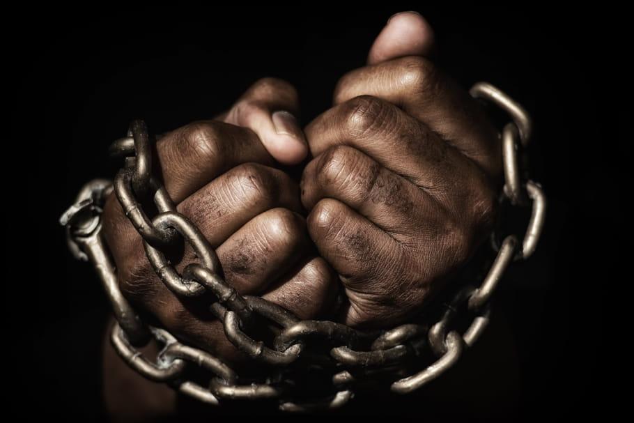 Ce couple du 92est jugé pour avoir fait de Méthode un esclave
