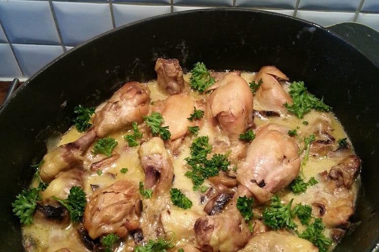 Sauté de poulet aux champignons