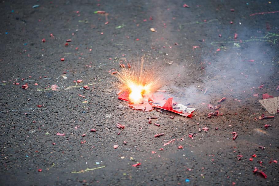 Pétard du 14juillet: loi en France, que faire en cas d'accident?