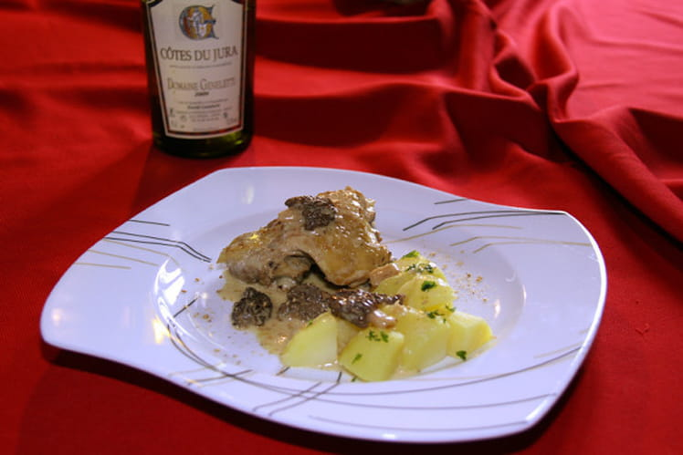 Poulet au vin du Jura et aux morilles