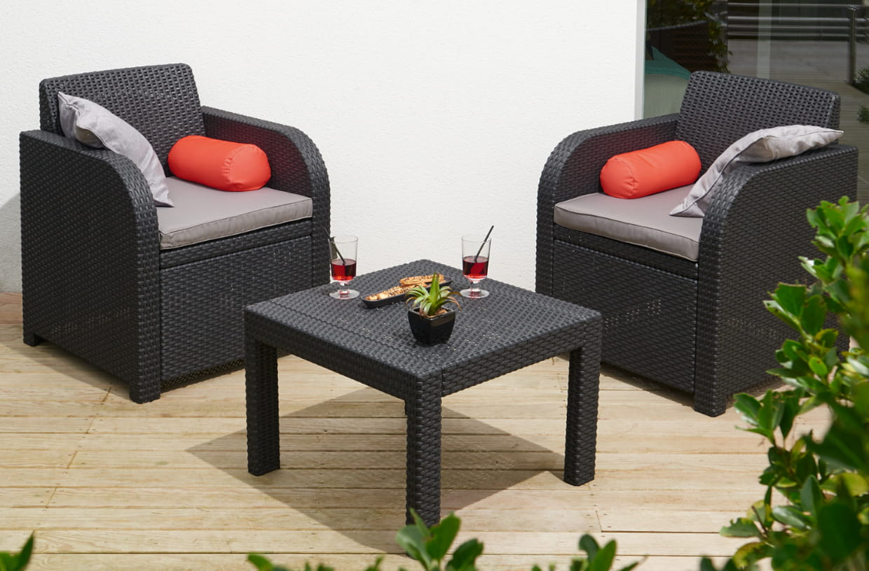 salon de jardin 2 personnes de gifi. Black Bedroom Furniture Sets. Home Design Ideas