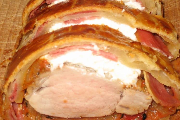 Filet mignon  en croûte au chèvre et au jambon
