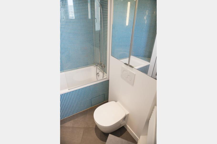 Une salle de bains pur e for Salle de bain epuree