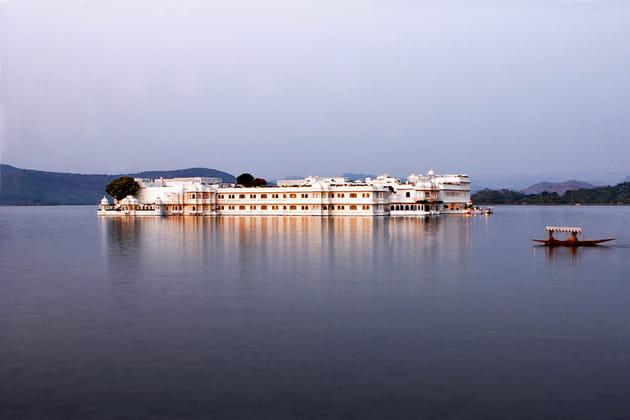Taj Lake Palace à Udaipur (Inde) dans Octopussy en 1983