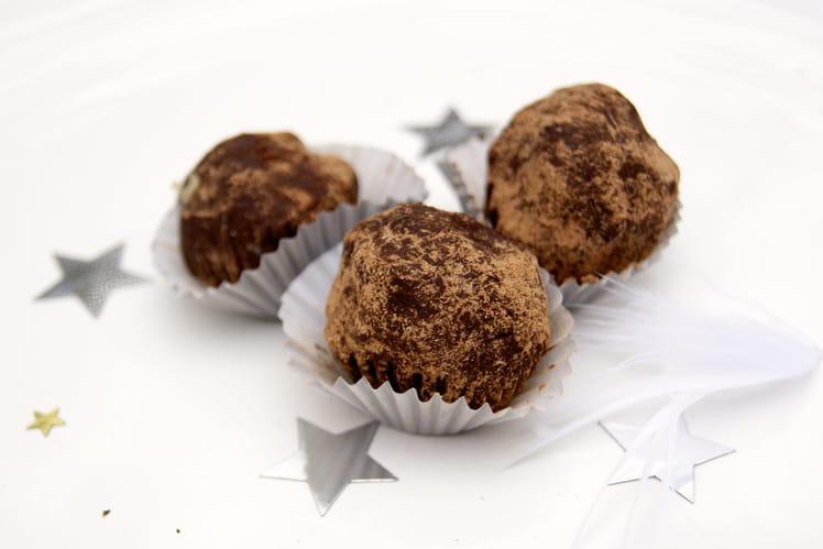 Truffes au chocolat noir et caramel au beurre salé