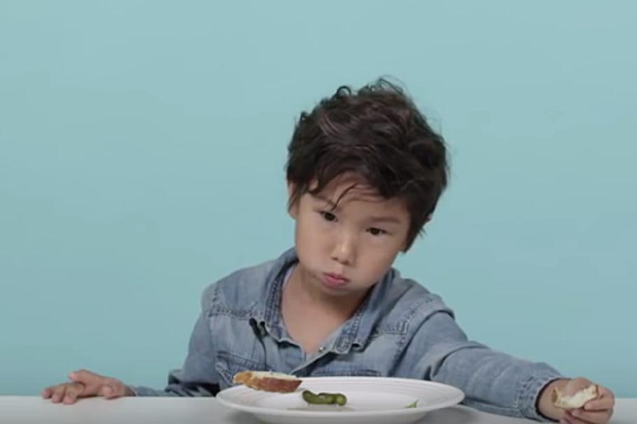 Quand les petits américains goûtent à la cuisine française… [En vidéo]