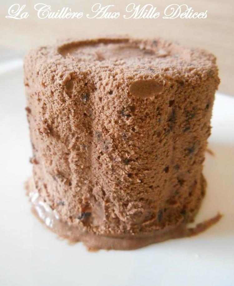 Recette de glace au chocolat sans sorbeti re la recette facile - Faire une glace sans sorbetiere ...
