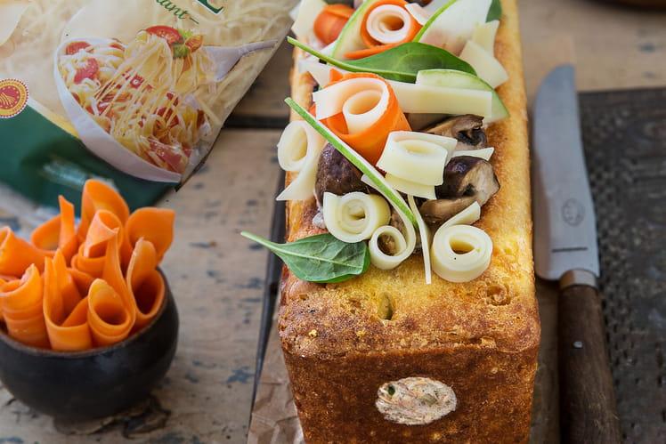 Cake au Comté AOP râpé Entremont et coeur de saumon citronné