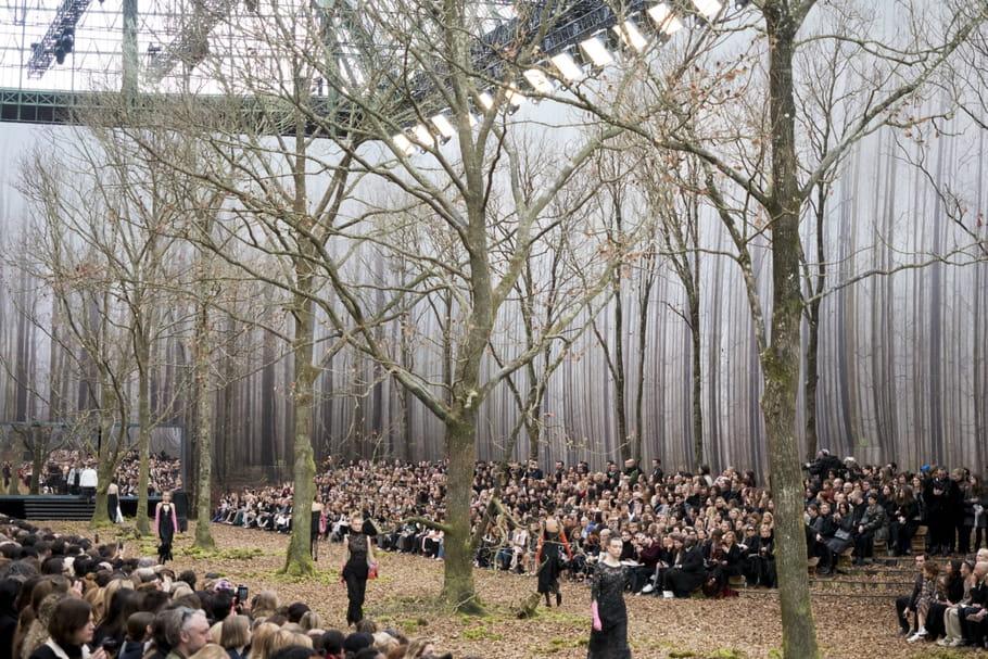 Les feuilles mortes se ramassent à la pelle chez Chanel