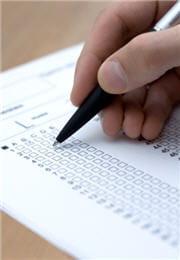 c'est le psychologue qui reporte les réponses du testé sur le questionnaire.