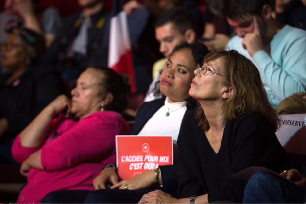 Lors d'un meeting du Parti Socialiste consacré à l'accueil des réfugiés, 2015