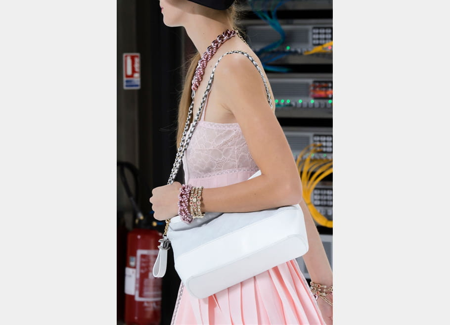 Chanel (Close Up) - photo 72