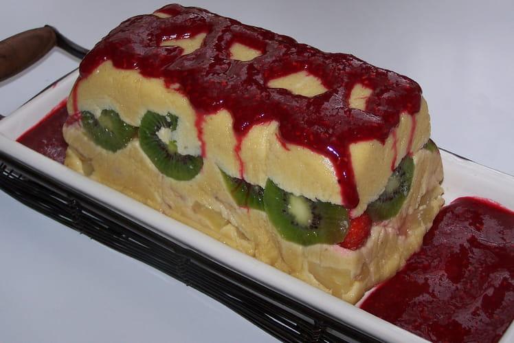 Terrine de fruits frais à la crème d'amandes