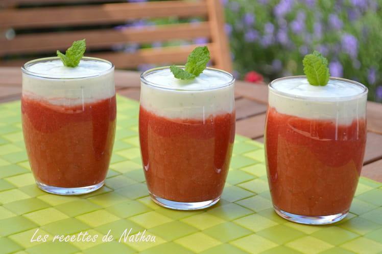 Soupe de fraises et yaourt à la menthe