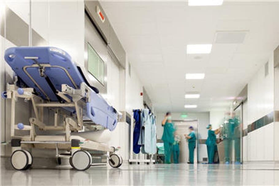 Ebola: l'infirmière de MSF est guérie mais...