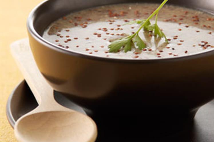 Bouillon de quinoa au jus de roquette & coquillage