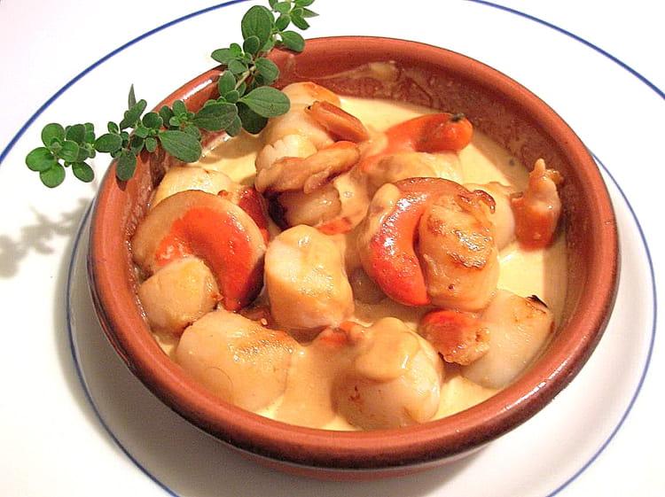 Recette de noix de saint jacques la cr me safran e la - Cuisine noix de saint jacques ...
