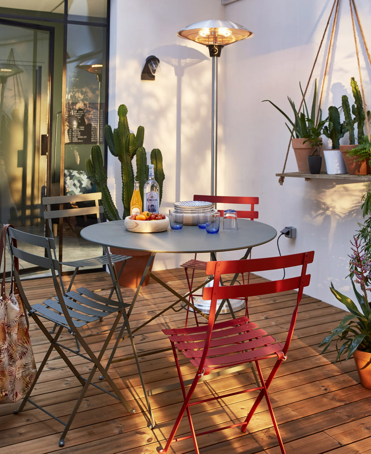 mobilier de jardin bistro de fermob. Black Bedroom Furniture Sets. Home Design Ideas