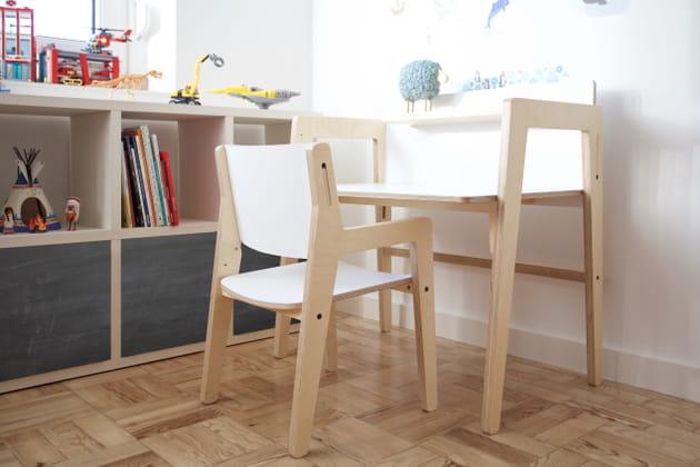 Chaise et bureau évolutifs d'Upa Kids