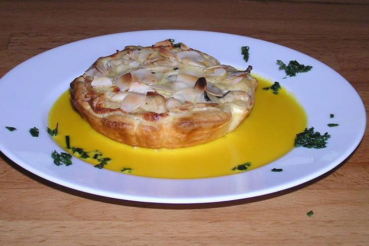 Tartelettes poulet-champignons, sauce safran