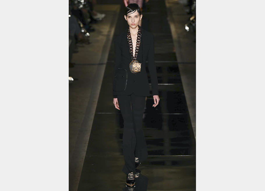 Givenchy - passage 16