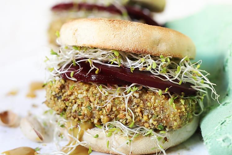 Veggie Burger au Halloumi pané à la Pistache pimentée