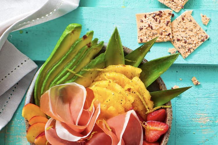 Salade d'avocats, ananas et Jambon de Parme