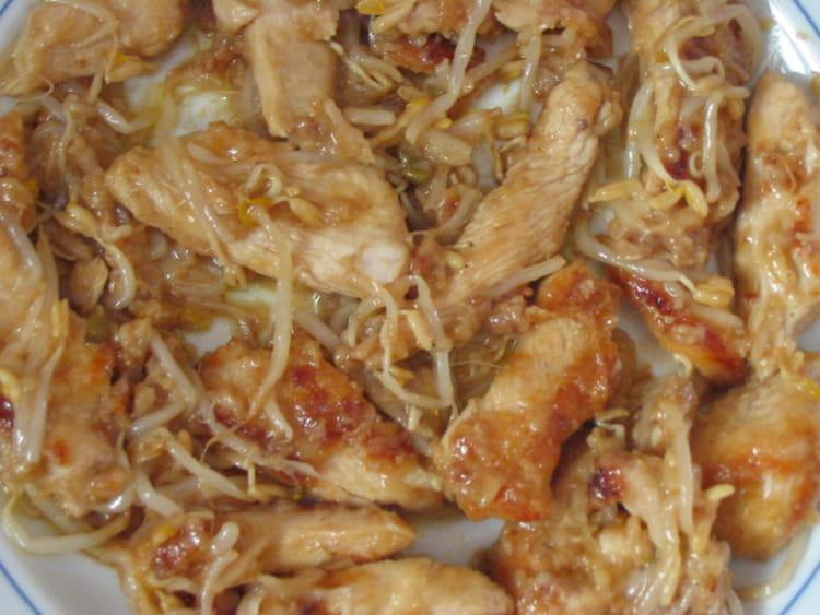 Recette de blancs de poulet au soja la recette facile - Comment cuisiner des blancs de poulet ...