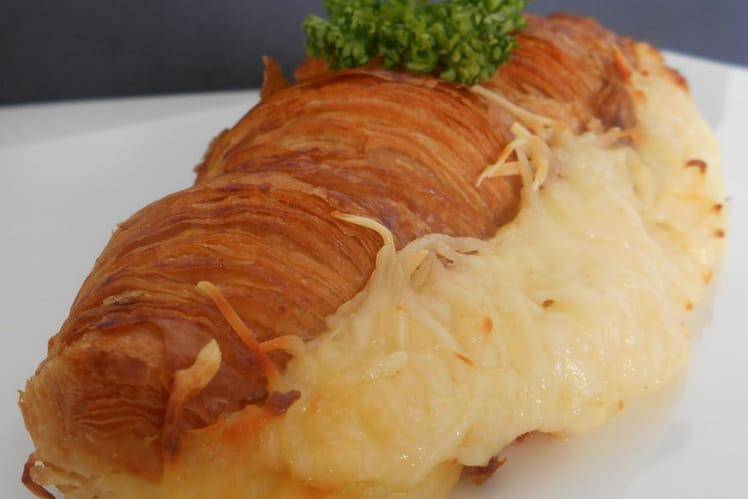Croissants farcis au jambon et béchamel