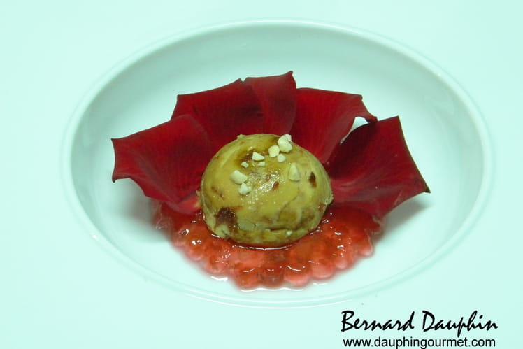 Foie gras aux pétales de rose