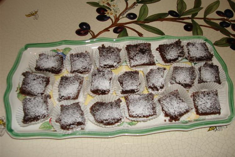 Mini brownies au piment d'Espelette