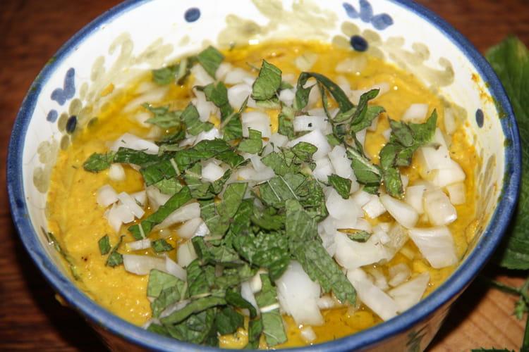 Caviar de courgettes au curry et à la menthe