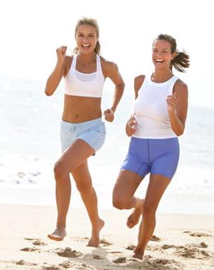 courez sur le sable ou dans l'eau !