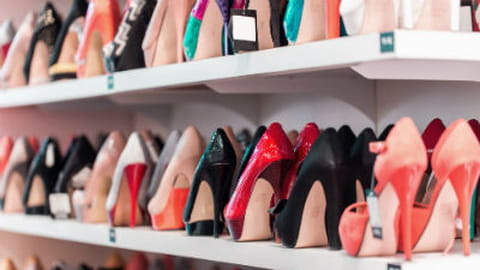 Une femme, des chaussures : 40 000 euros de budget