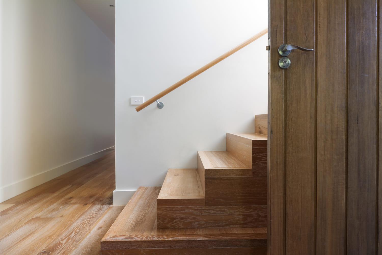 Entretenir et nettoyer un escalier en bois