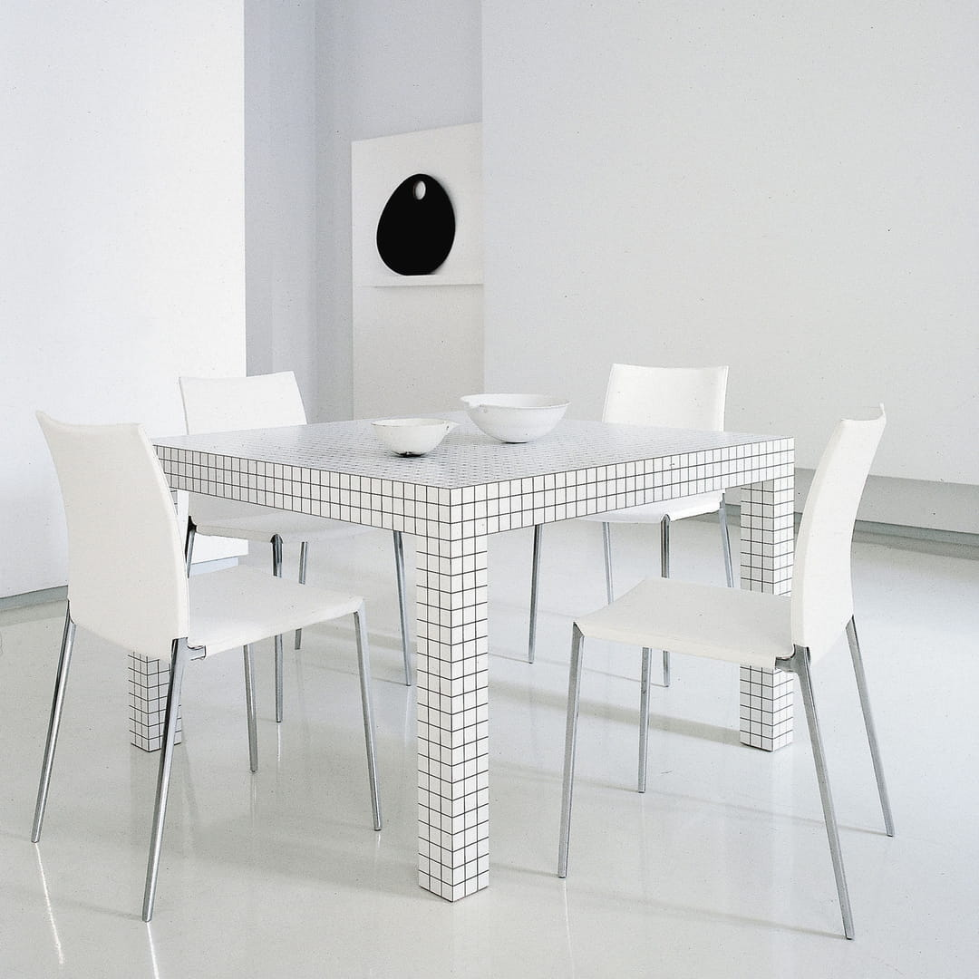 table-quaderna-2600-superstudio-zanotta