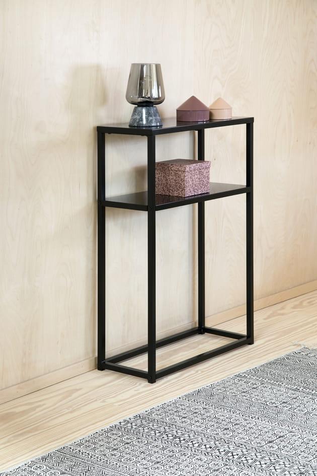 lampe de table et boites de rangement. Black Bedroom Furniture Sets. Home Design Ideas