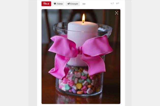 Bougie avec bonbons cœur