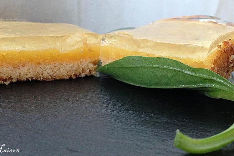 Tarte revisitée au citron vert et gelée de basilic