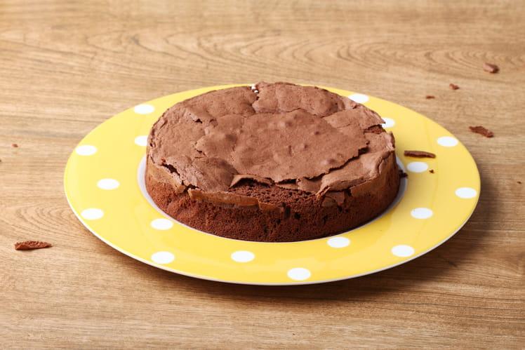 Gâteau moelleux au chocolat du dimanche