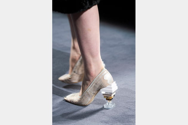 Fendi Couture (Close Up) - photo 31