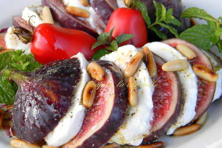 Recette de Salade figues-mozzarella : la recette facile