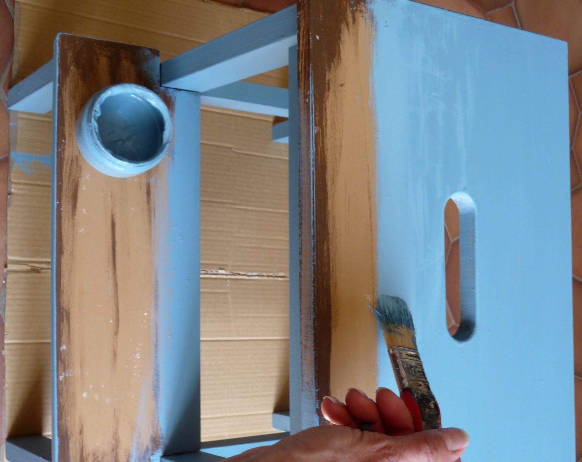 Etape 4 Appliquer La Peinture Satinelle Bleu Gustavien