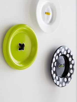 d coration murale boutons d 39 ikea. Black Bedroom Furniture Sets. Home Design Ideas