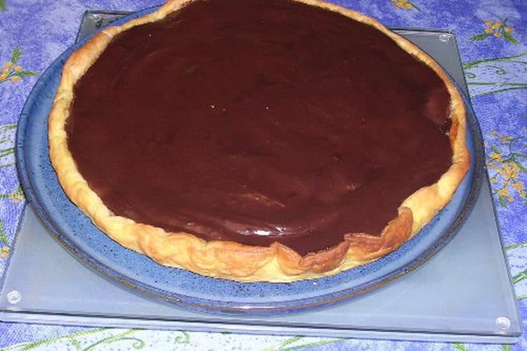 Tarte poire chocolat, poudre d'amandes et kirsch