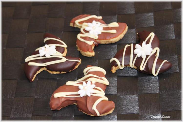 Sablés noisettes glacés au chocolat