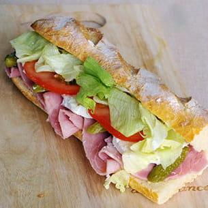 sandwich jmabon chèvre crudités