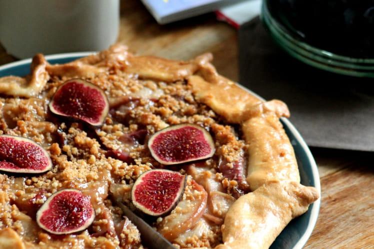 Tarte façon « crumble » aux nectarines et figues