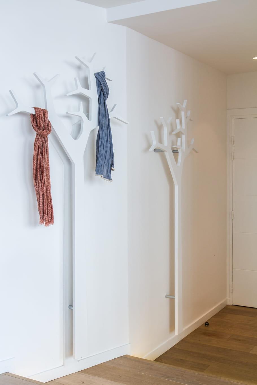 un porte manteau fait maison. Black Bedroom Furniture Sets. Home Design Ideas
